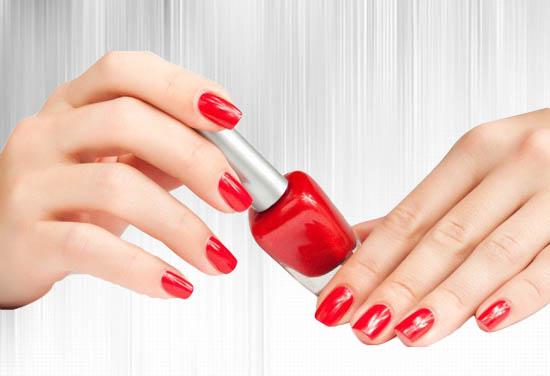 eliminar esmalte de uñas